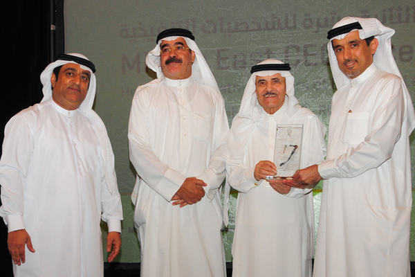 Dr. Ahmad Bin Hezeem Al Suwaidi, Senior Partner, BSA. Ahmad Bin Hezeem Advocates & Legal Consultants Presents the Media Industry CEO Excellence Award to H.E.. Turki Bin Abdallah Al-Sudairi, Al-Riyadh News Paper, Kingdom of Saudi Arabia(KSA)