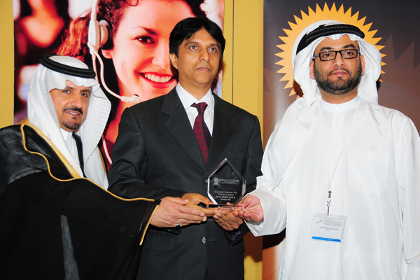 Mr Allauddin Sanadi, Manager of the Customer Support Division - Sony Middle East & Africa FZE, Receives the Electronics Customer Care Excellence Award, Presented by The Chief Guest H.E Khalifa Salem Al Mansoori Executive Director, Area Services Sector, Ma