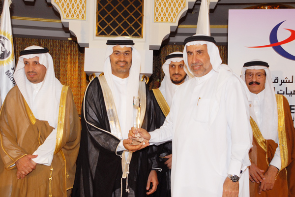 Banking and Finance CEO of the Year Award , Commercial Bank of Dubai Mr.Peter Baltussen. Mr.Mahmood Hadi, GM Systems and Operations receiving the award on his behalf.