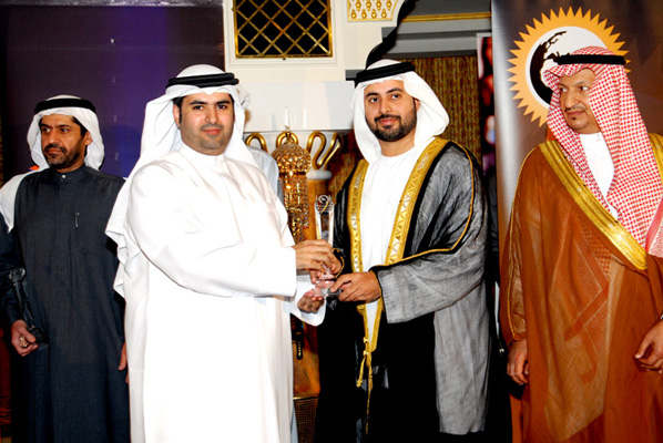 Sheikh Maktoum Bin Hasher Al Maktoum,CEO, Al Fajer Group awarded Mr. Saif al Suwaidi, Director of Customer Service in UAE Ministry of Labour - Call Centre Customer Care Excellence Award