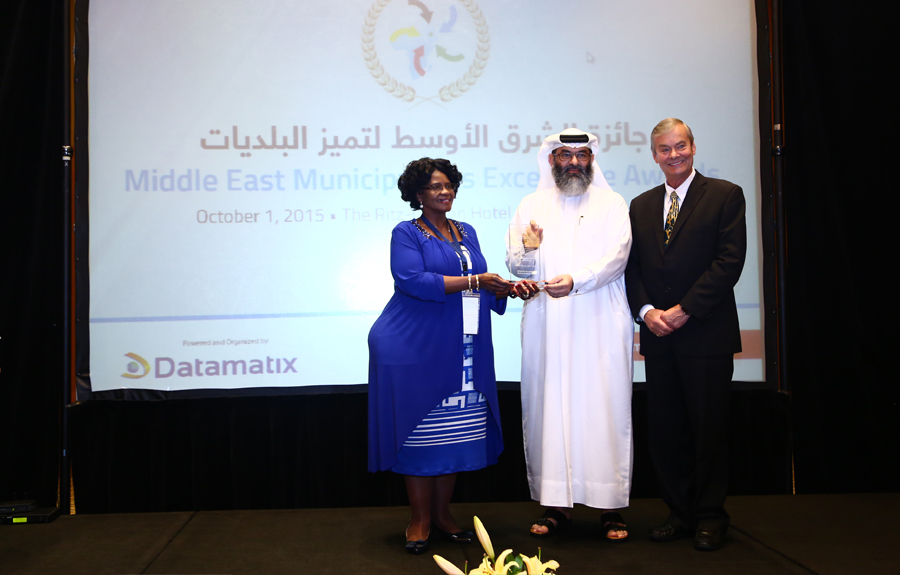 Mohammed Bin Rashid Housing Establishment Awarded the 'Citizens Housing Projects Excellence Award': H.E Sami Abdullah Gargash, Executive Director of the Mohammed Bin Rashid Housing receiving the Award from Mr. Brad Woodside, Mayor of Fredericton, Canada and Mrs. Sarah Matawana Mlamleli, Member Executive Council, Department of Corporative Governance and Traditional Affairs, Free State Provincial Government of South Africa