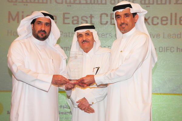 Dr. Ahmad Bin Hezeem Al Suwaidi, Senior Partner, BSA. Ahmad Bin Hezeem Advocates & Legal Consultants Presents the Government services sector CEO Excellence Award to Mr. AbdulMuhsin Khalid Al-Enezi, Assistant Undersecretary for Planning and Development Sector, Ministry of Public Works - Kuwait